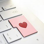 Characteristics that online dating apps should have
